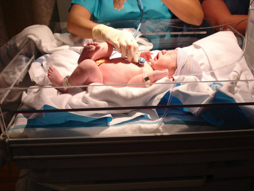 Newborn_checkup[1]